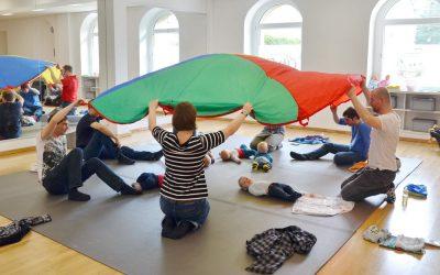 Stellenausschreibung Kursleitung Babygruppen / PEKiP-Gruppen